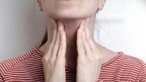 Mononukleoza co to jest przyczyny objawy leczenie choroba